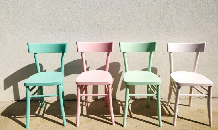 Come recuperare vecchie sedie trovate in discarica
