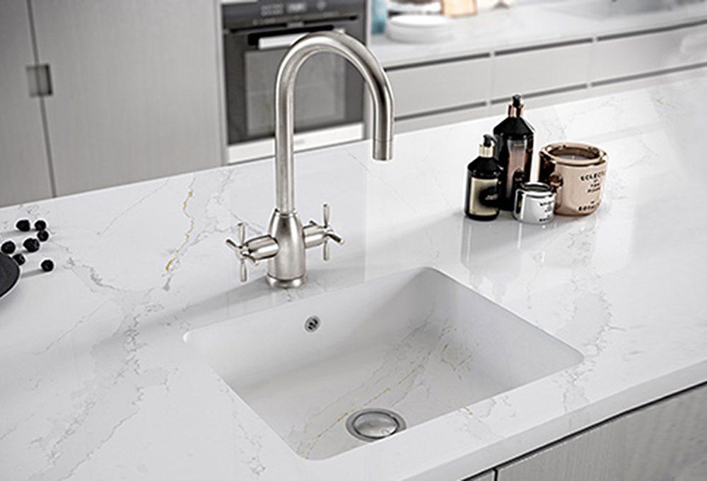 6 materiali per i lavelli della cucina