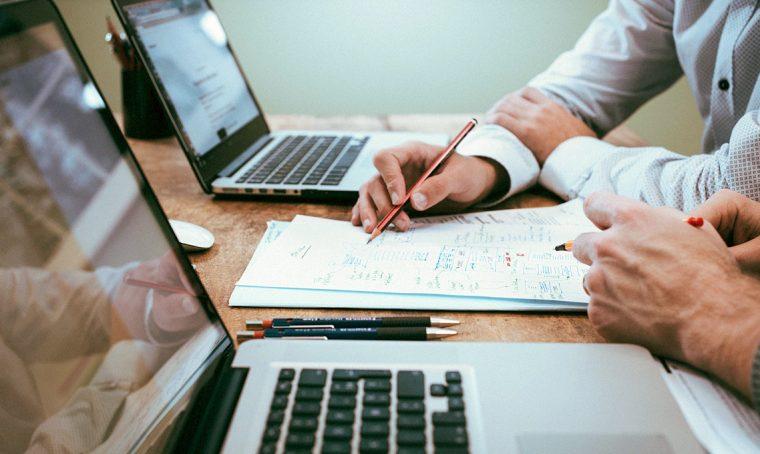 Le pratiche burocratiche per affittare la tua casa