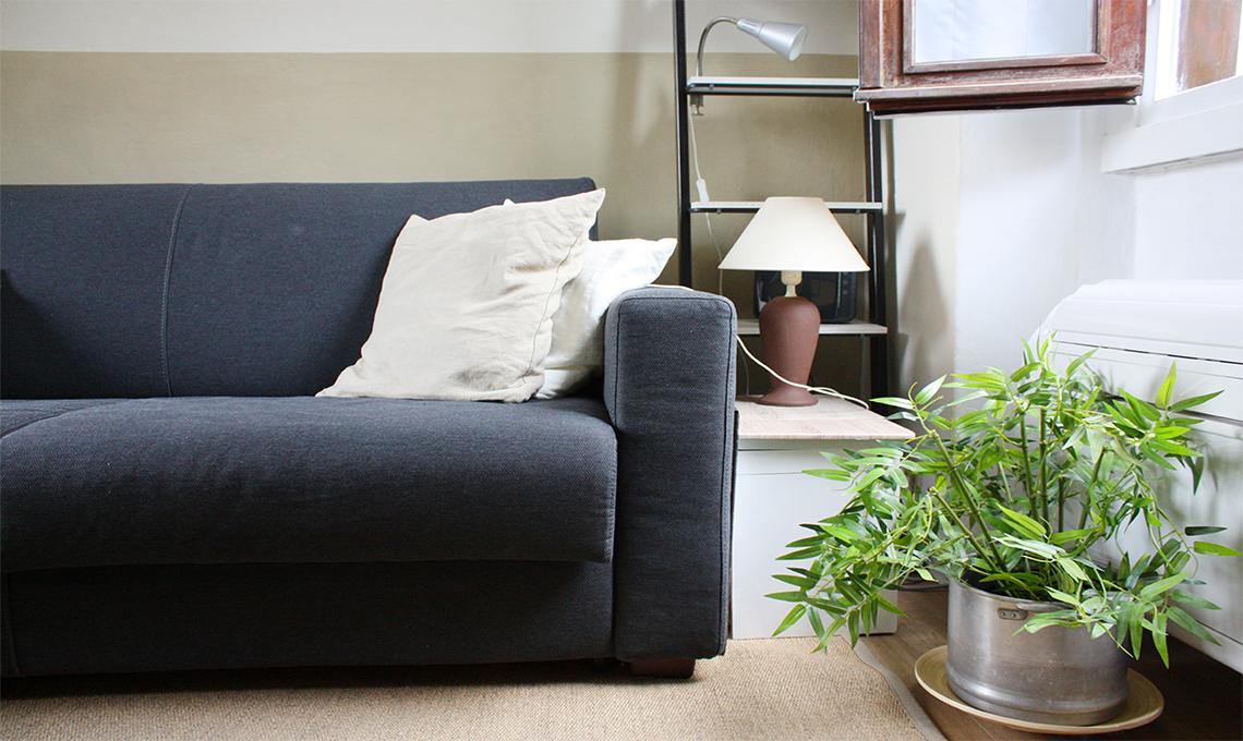 CasaFacile DDellaPenna bilocale diy divano