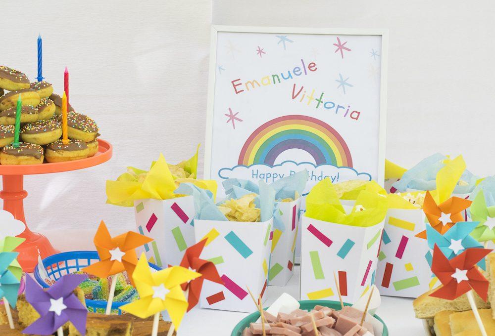 Decorazioni arcobaleno per la festa dei bambini