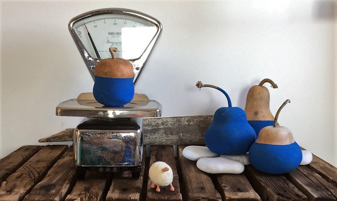 Decorazioni Per Casa Al Mare : Decorazioni ispirate al mare zucche dipinte di blu casafacile