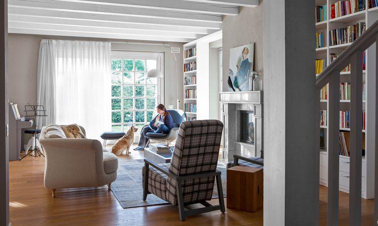 casafacile-casa-lisa-pareti grigie