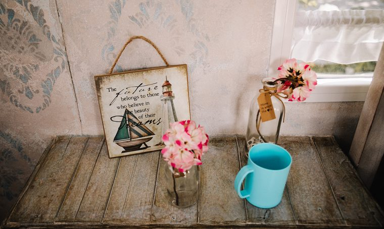 Roulotte: restyling in stile shabby