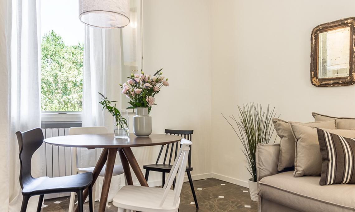 Restyling a basso costo di un piccolo appartamento for Design a basso costo