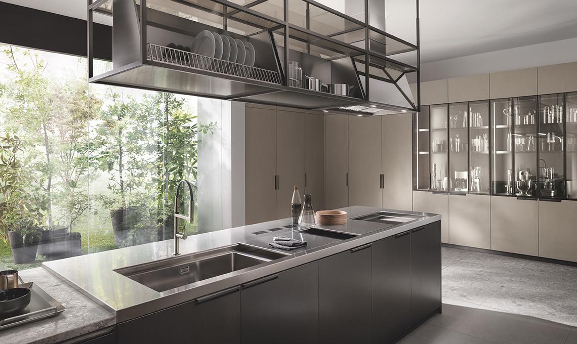 Carlo Cracco ci racconta la nuova cucina \'Mia\' di Scavolini ...