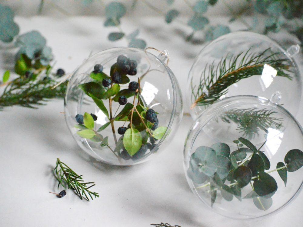 Natale: creare decorazioni con rami e bacche