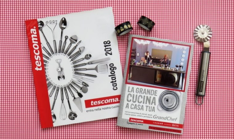 Come riciclare i cataloghi per fare album fotografici