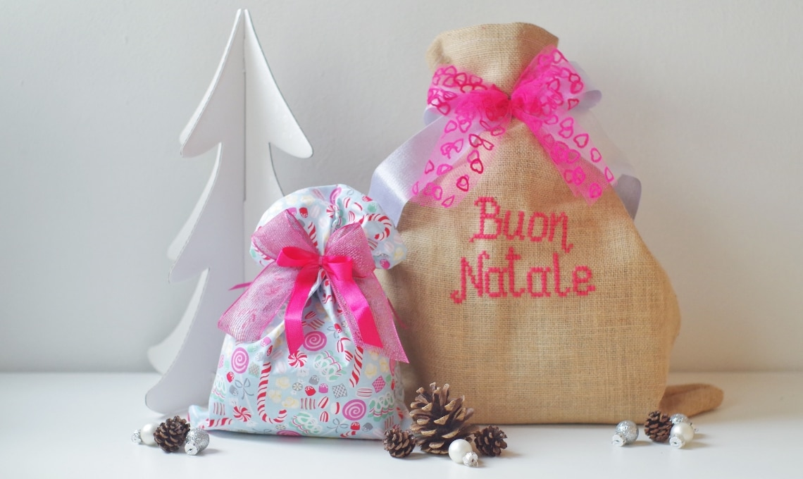 Regali Di Natale Per Casa.Sacchetti Di Stoffa E Juta Per I Regali Di Natale Casafacile