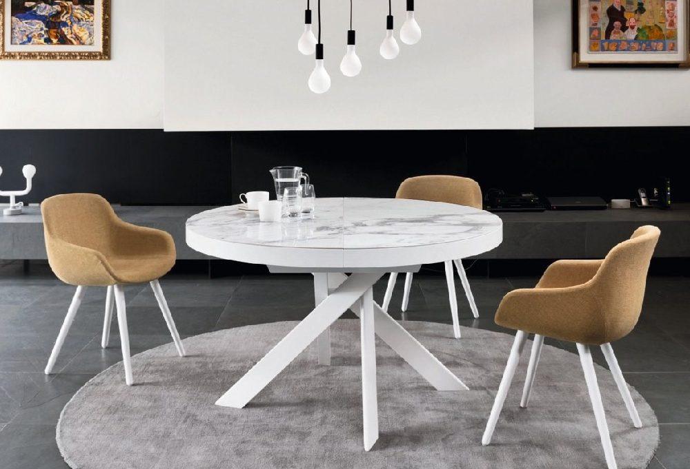 Tavoli anni 39 50 moderni e di design casafacile for Tavoli da pranzo rotondi moderni