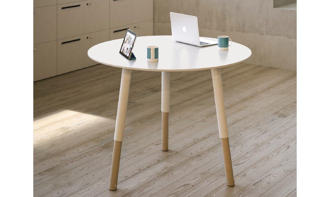 tavoli rotondi e ovali