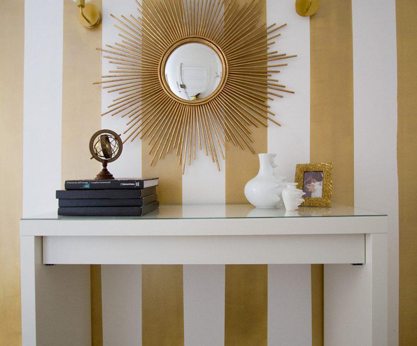 Appartamento bianco con arredi vintage