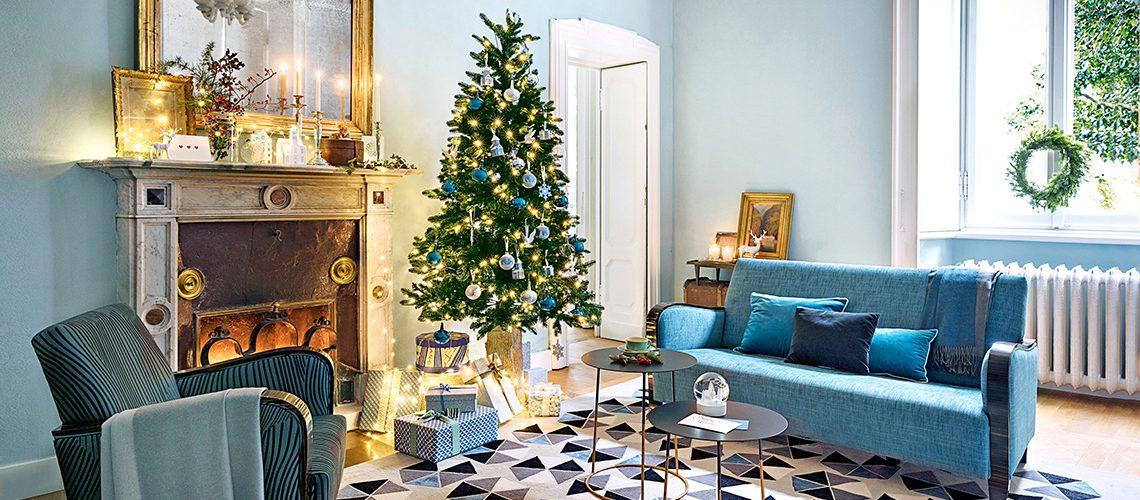Natale nella dimora della famiglia Moltrasio, tra arredi d'epoca e design contemporaneo