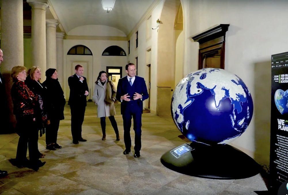 WePlanet: il globo dell'artista Antonio Mele