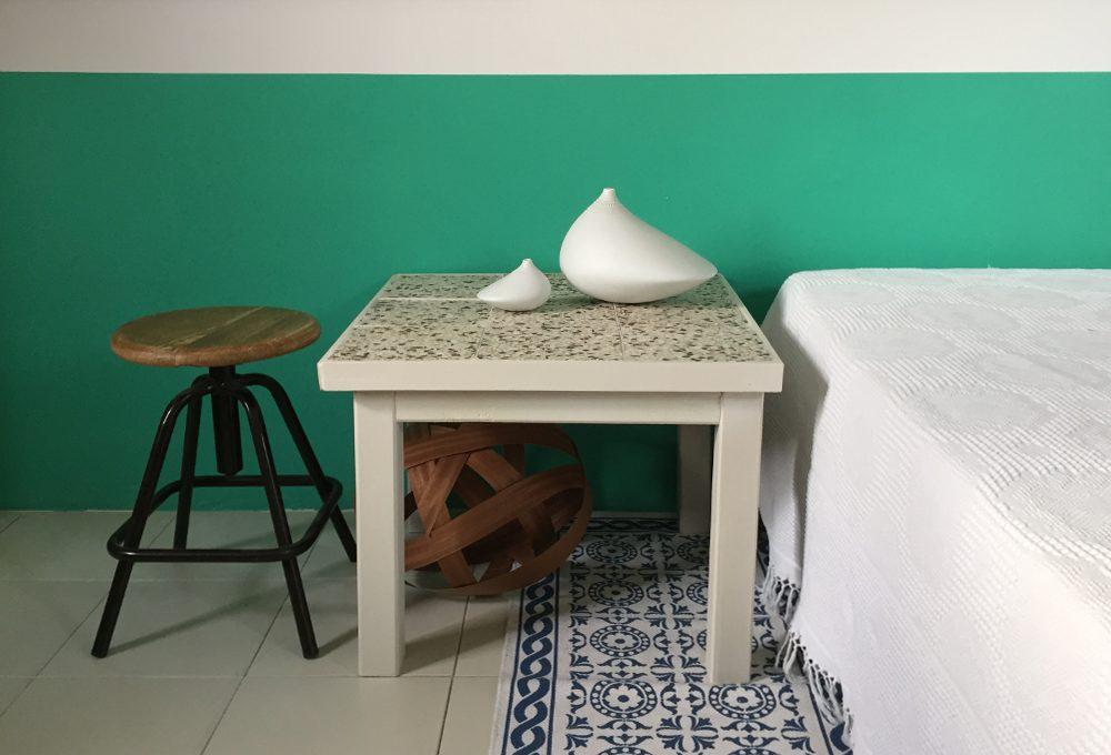 Come realizzare un tavolino con piano in graniglia