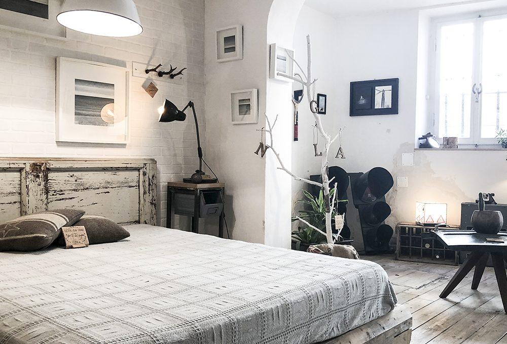 Restyling della camera da letto in stile vintage