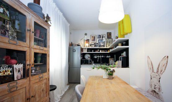 A casa della home stager: colori neutri e atmosfera accogliente
