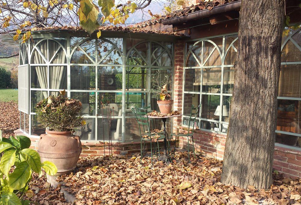 Costruire una veranda in giardino in stile provenzale