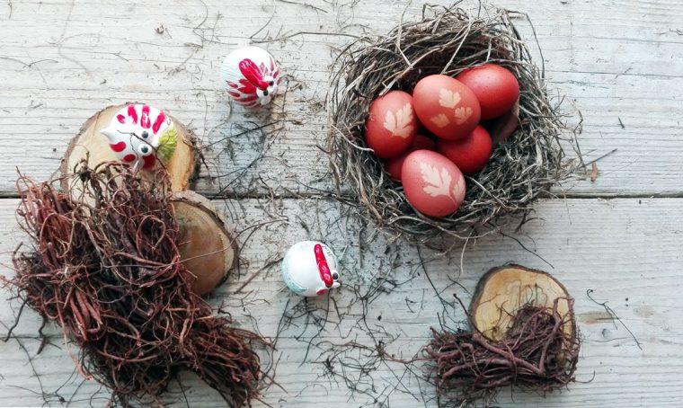Realizza le uova rosse di Pasqua secondo la tradizione di Ischia