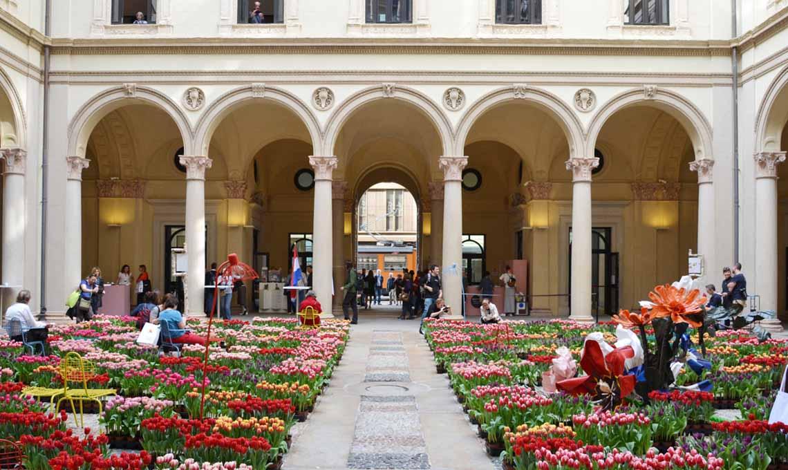 Masterly, a Palazzo Turati, è uno degli eventi consigliati da Alessandra Barlassina (Gucki): e a fine evento, la domenica pomeriggio, potrai anche portare a casa i tulipani!