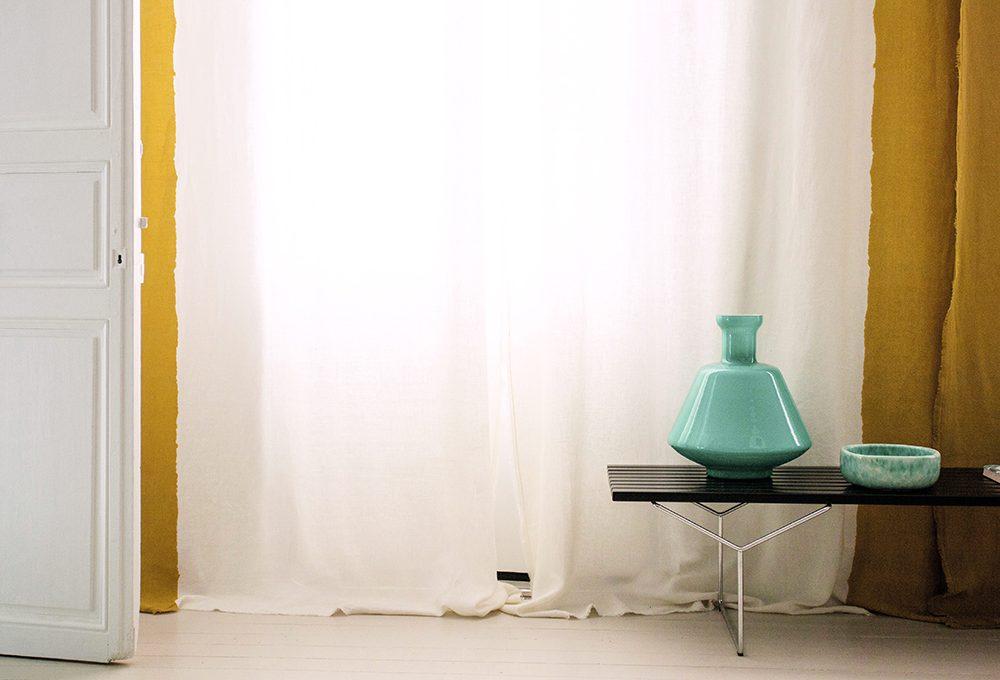 Arredare con le tende bicolore