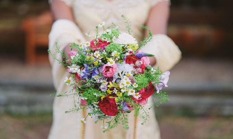 Come scegliere i fiori per un matrimonio