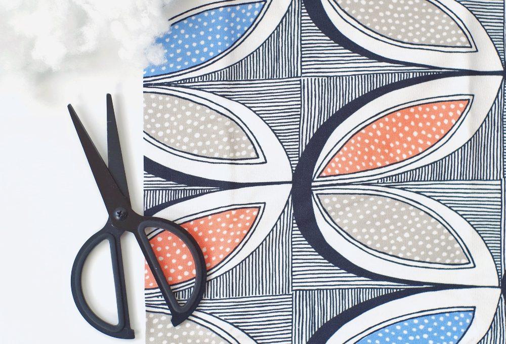 Come realizzare un pouf di stoffa