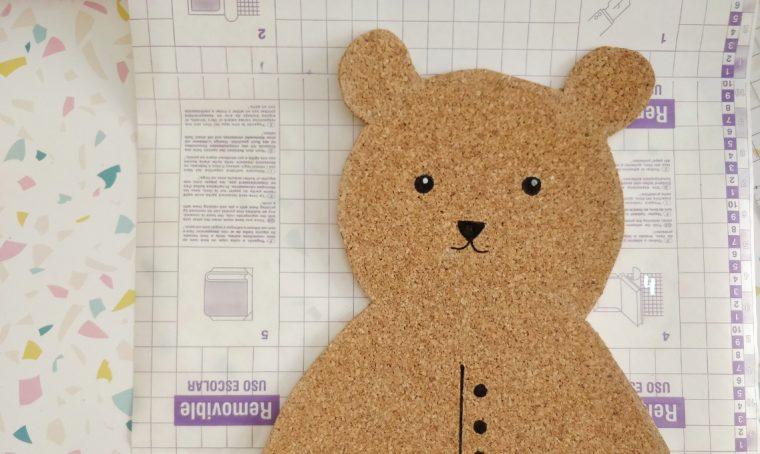 Come realizzare una tovaglietta in sughero a forma di orso