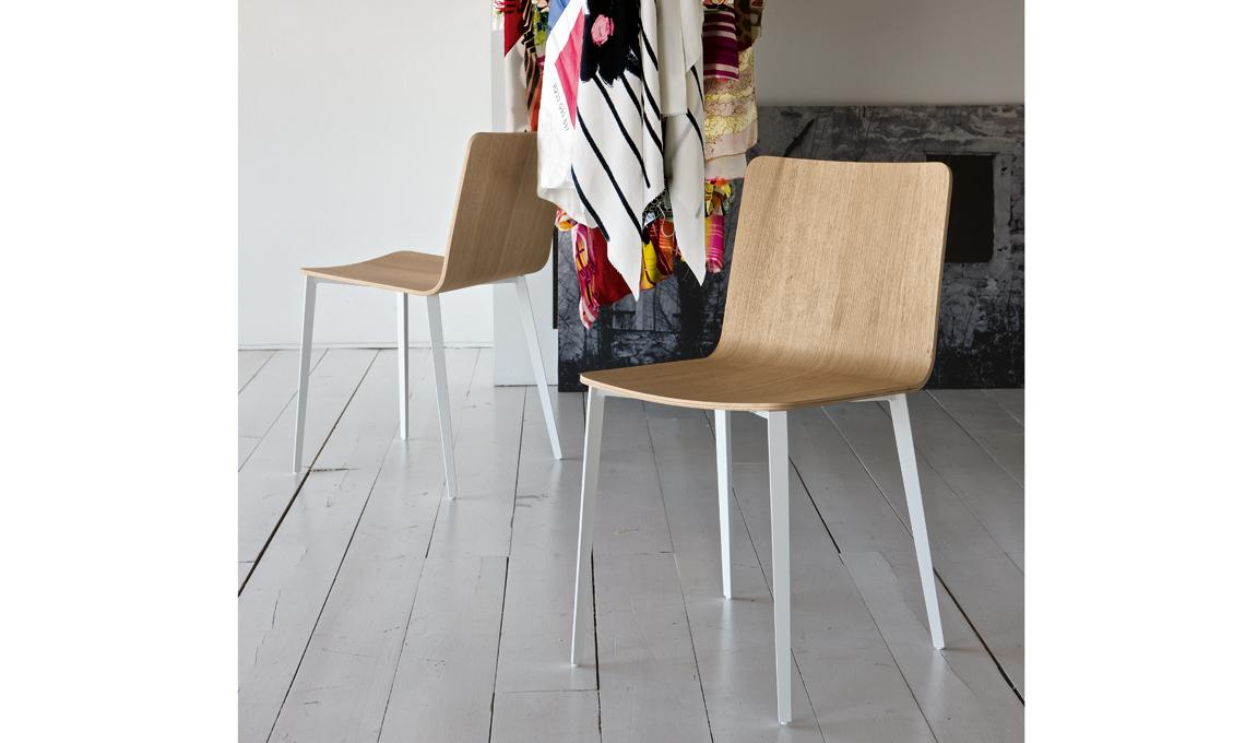sedia legno e metallo