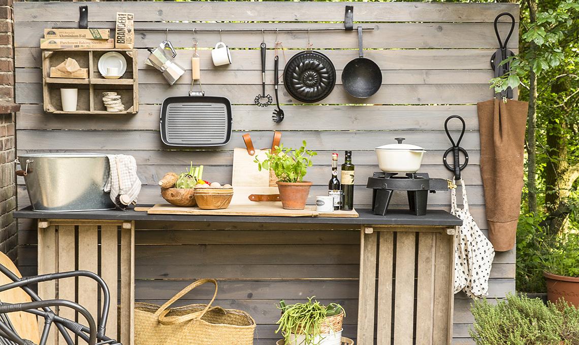 Come creare una cucina open air - CasaFacile