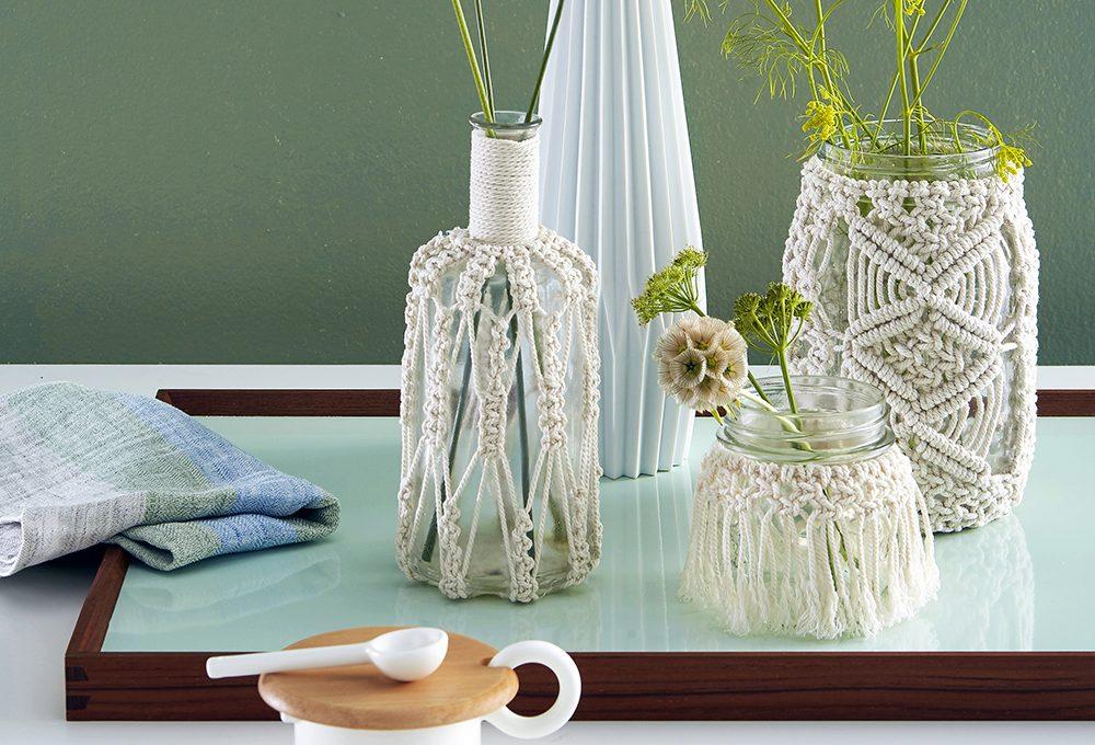 Decorare i vasi con intrecci macramé