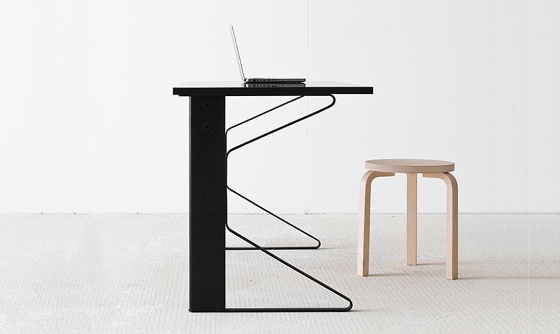 scrivania artek