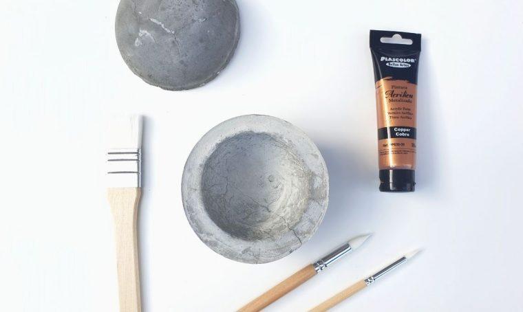 Come creare uno svuota tasche in cemento