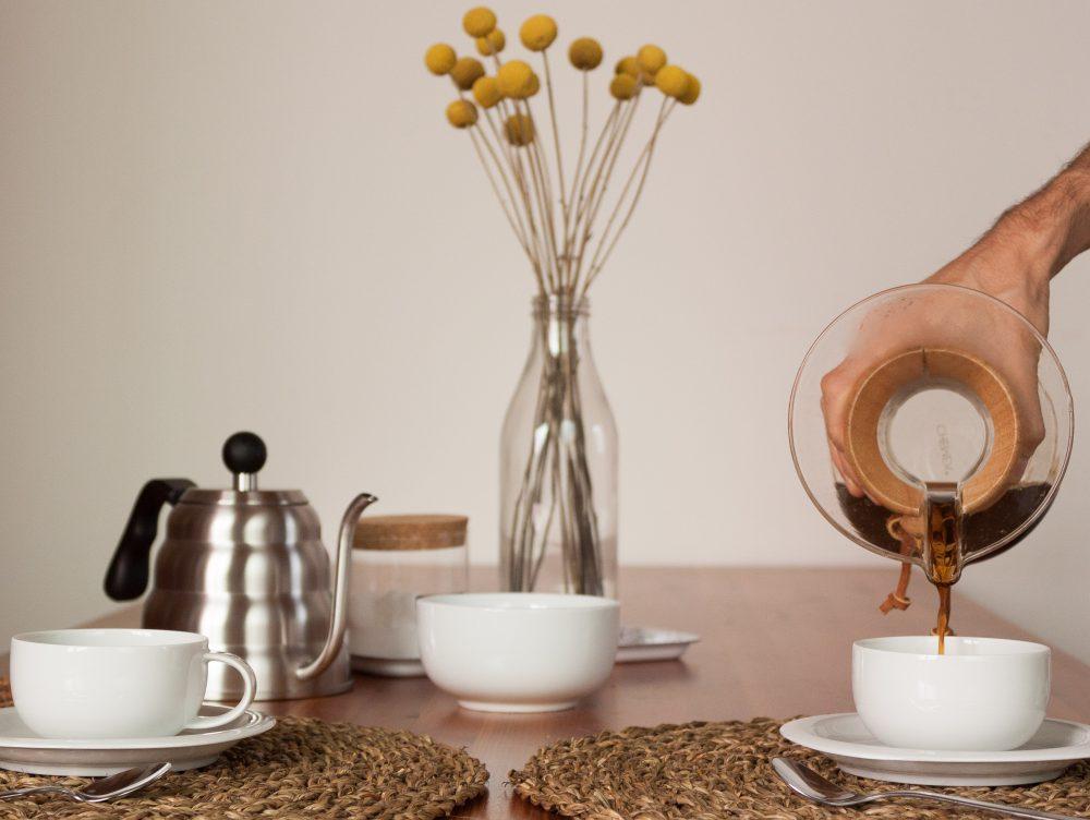 Come si prepara il caffè con la caffettiera Chemex