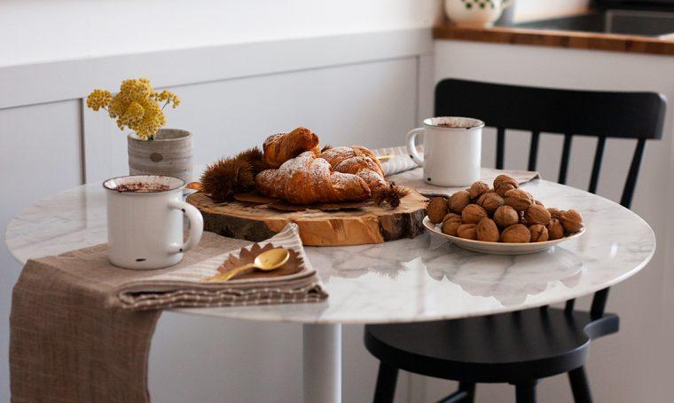 Compra e rinnova un tavolino con l'App di Subito.it