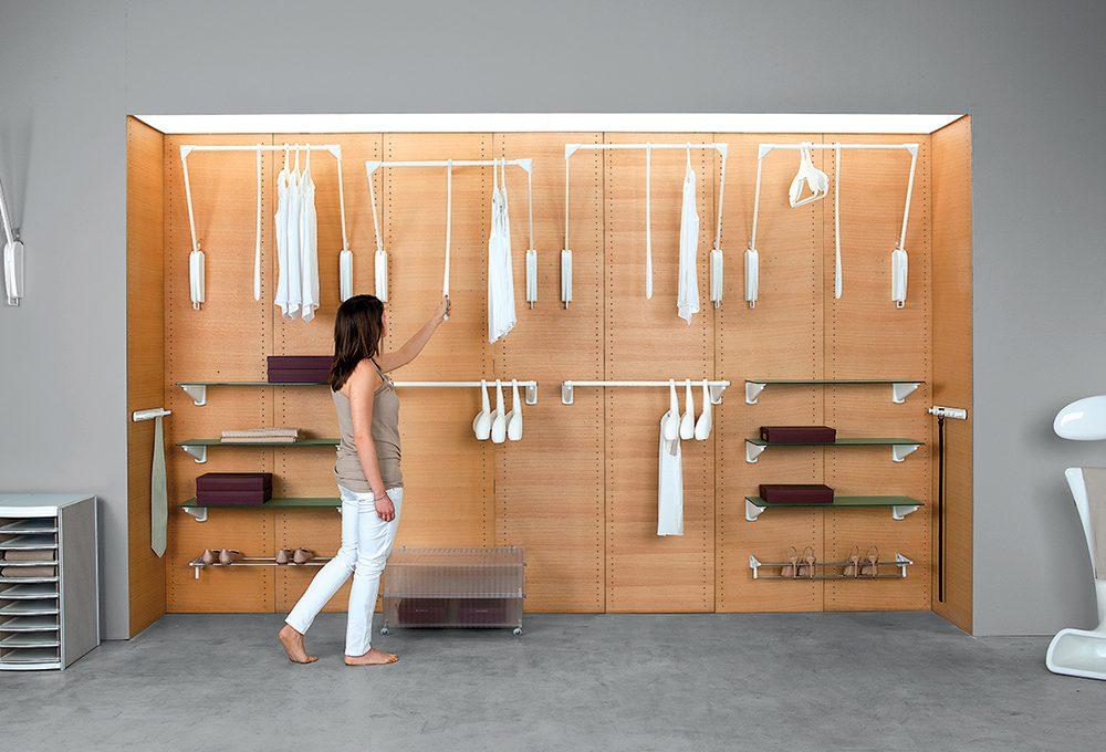 Camera in mansarda: scegli tra armadio e cabina