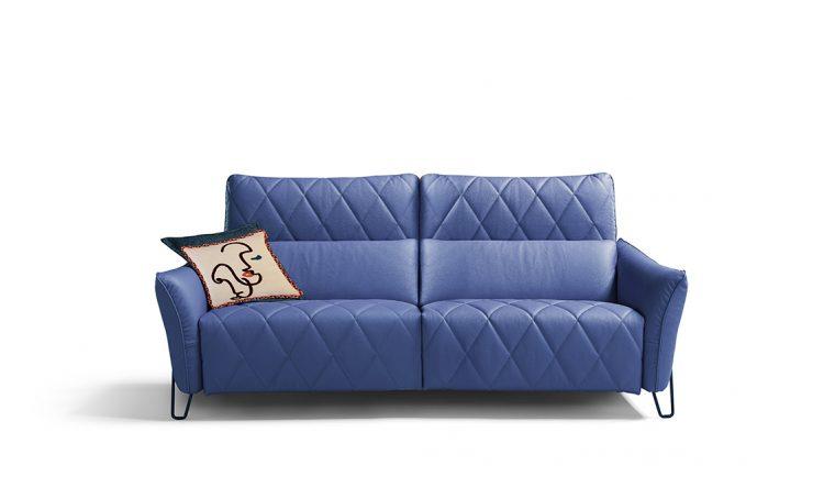 Come arredare il soggiorno della casa in stile eclettico