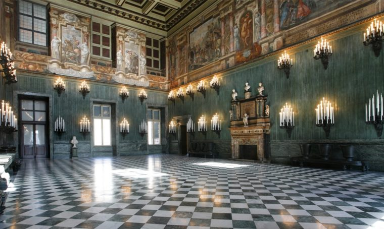 Terminato il restauro del Caminetto Monumentale del Salone della Guardia Svizzera di Palazzo Reale