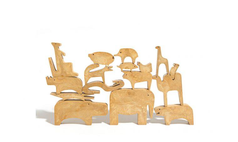 Danese omaggia Enzo Mari con la mostra '16 animali, 16 autori'