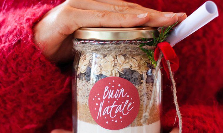 Natale: regala il Kit per biscotti in barattolo