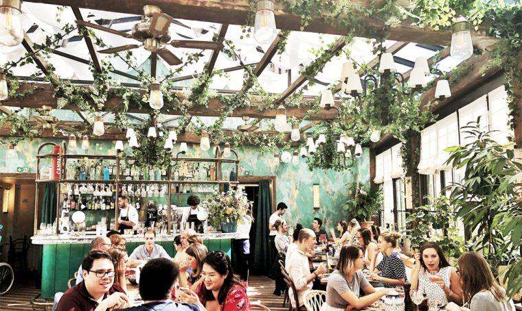 Parigi: fai colazione in un design café