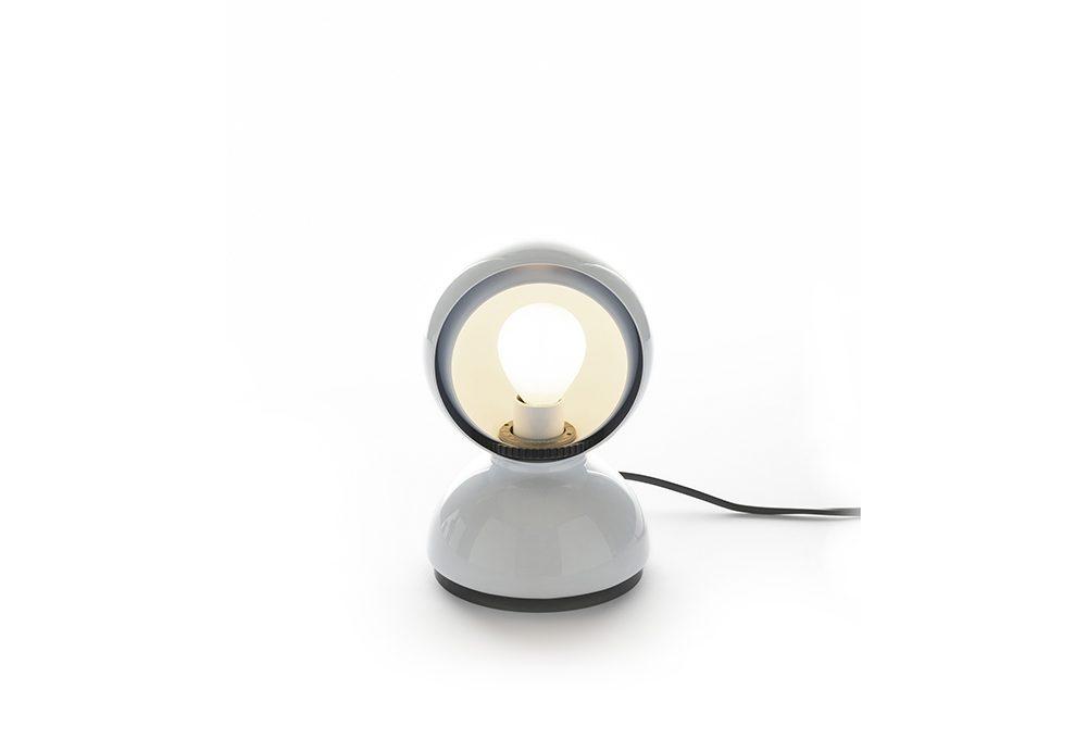 La lampada Eclisse di Vico Magistretti