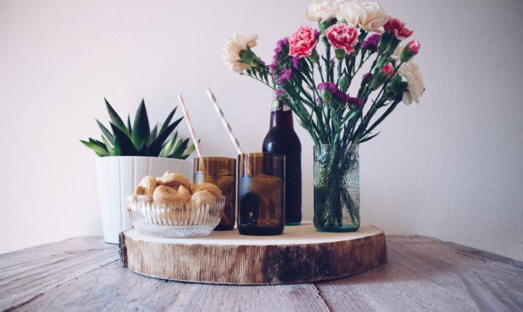 Come trasformare le bottiglie di vetro in vasi e bicchieri