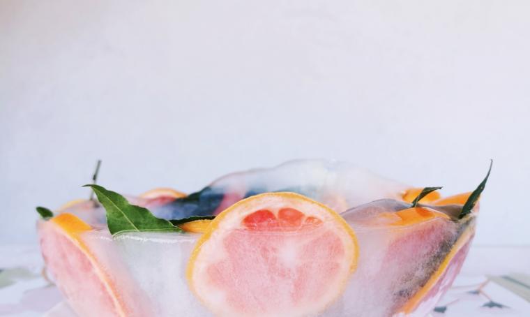 Come realizzare la boule di ghiaccio e frutta