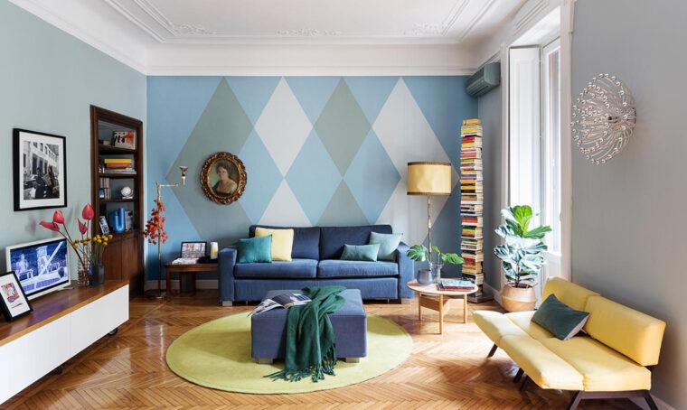 L'impianto classico della casa d'epoca si rigenera grazie al colore