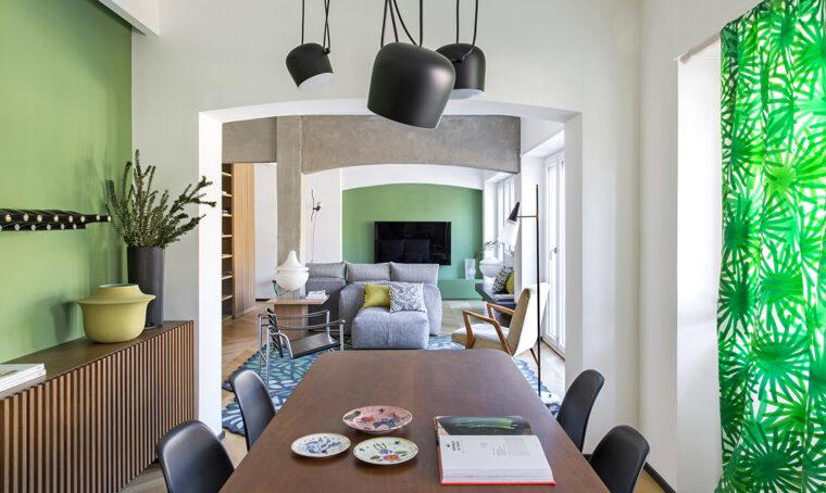 Ridisegnare i volumi e valorizzare gli elementi strutturali con il colore e la luce