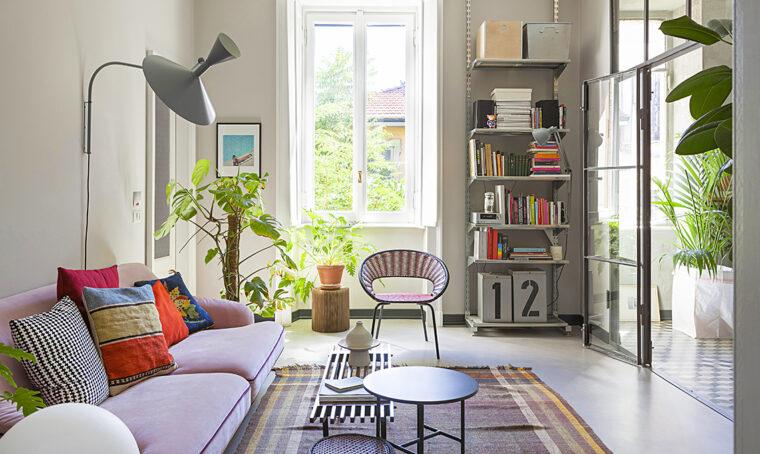 Una casa milanese tra stile industriale e gusto rétro