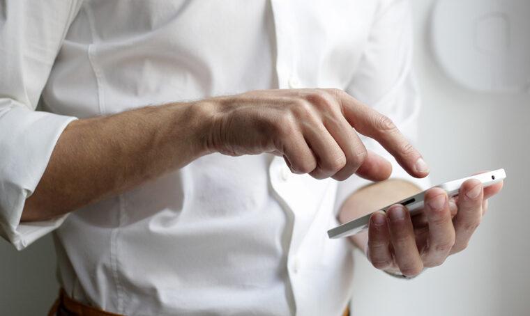 Smartphone: le app salva-tempo e anti stress