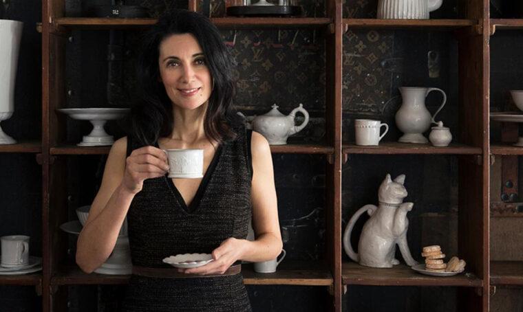 I consigli di Csaba dalla Zorza per comporre il vassoio perfetto per il caffè
