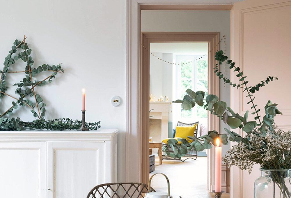 Natale: come realizzare la stella di rami intrecciati